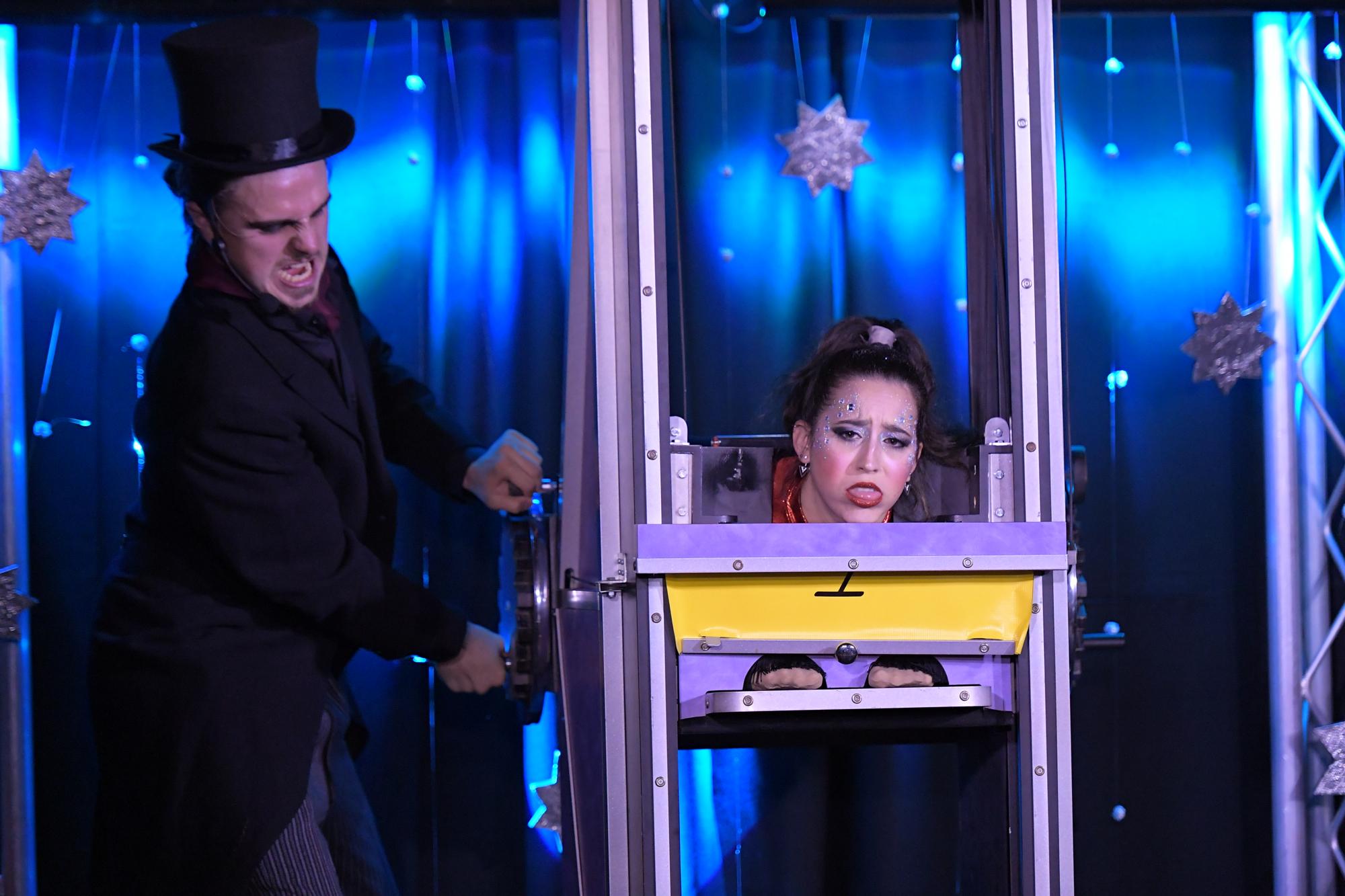 peter mennie clean comedy magic show
